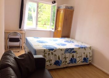 Thumbnail Room to rent in Callingham Cl, London