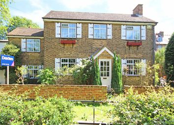 Thumbnail 2 bed property for sale in The Avenue, Sunbury-On-Thames