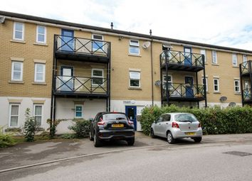 Thumbnail 2 bedroom flat to rent in Norwich Crescent, Chadwell Heath, Romford