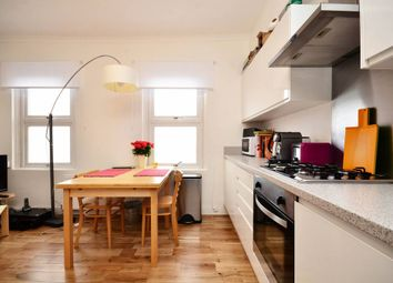 Thumbnail 4 bed flat to rent in Cumming Street, Kings Cross, London