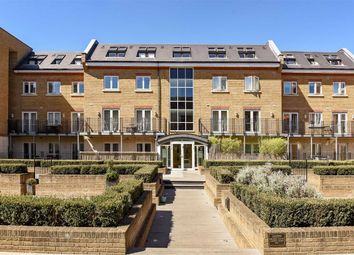 Thumbnail 1 bed flat to rent in Voltaire Buildings, Earlsfield, London