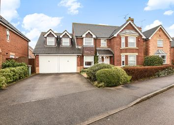 Thumbnail 4 bed detached house to rent in Elgar Way, Horsham