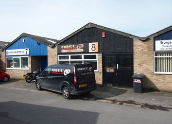 Thumbnail Warehouse to let in Priestley Way, Crawley