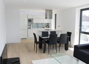 Thumbnail 3 bedroom flat to rent in Cityscape, Kensington Apartments, Aldgate