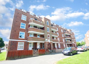 Thumbnail 2 bedroom flat for sale in Hatfeild Mead, Morden