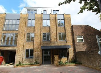 Thumbnail 2 bed flat to rent in Fortis Green, East Finchley, London