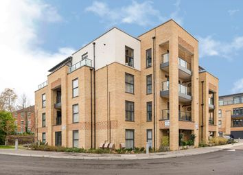 Thumbnail 2 bed flat to rent in Sterling Square, Bracknell