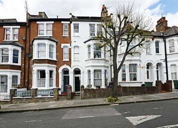 Thumbnail 2 bed flat to rent in Dynham Road, London