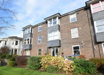 Thumbnail 2 bed flat to rent in Harlow Road, High Wycombe