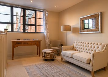 Thumbnail 2 bed flat for sale in Bartholomew Street, Newbury