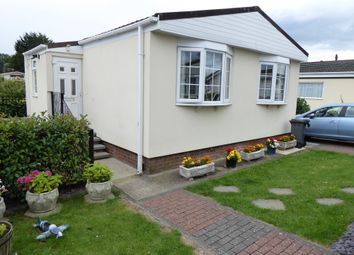 Thumbnail 1 bed mobile/park home for sale in Midway Avenue, Penton Park, Chertsey, Surrey
