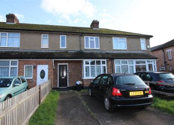 4 bed detached house to rent in Newcroft Close, Uxbridge UB8