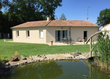 Thumbnail 3 bed property for sale in Poitou-Charentes, Vienne, Availles-Limouzine