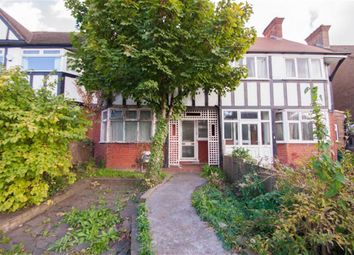 Thumbnail 4 bed terraced house to rent in Gunnersbury Avenue, London