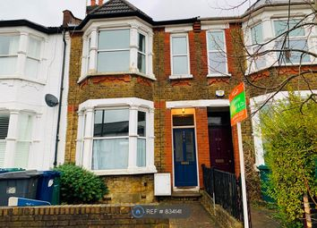 3 bed terraced house to rent in Long Lane, London N2