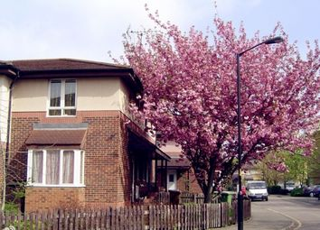 Thumbnail 1 bed detached house to rent in Chaucer Drive, London