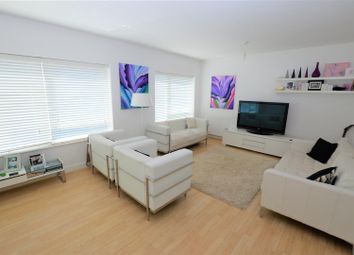 4 bed bungalow for sale in Poynters Road, Luton LU4