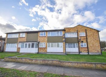 Thumbnail 2 bedroom flat to rent in Woodside, Leigh On Sea, Essex
