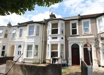Thumbnail 2 bedroom flat to rent in Hastings Road, Southend-On-Sea