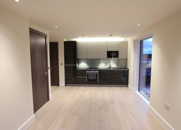 Thumbnail 1 bed flat to rent in Fulham, South West London