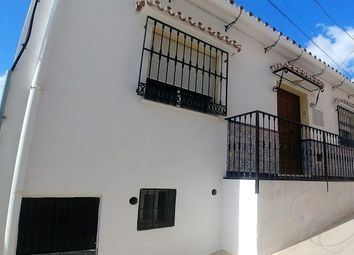 Thumbnail 6 bed town house for sale in Vélez-Málaga, Málaga, Spain