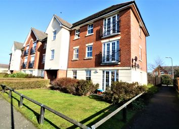 2 bed flat to rent in Hawkins Drive, Chafford Hundred, Grays RM16
