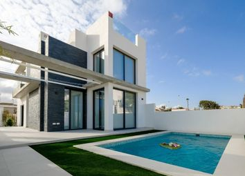 Thumbnail 3 bed villa for sale in Calle Popa 03183, Torrevieja, Alicante