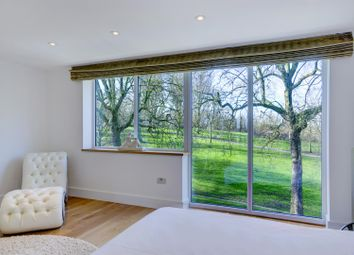 Thumbnail 5 bed property to rent in Meadowbank, Primrose Hill