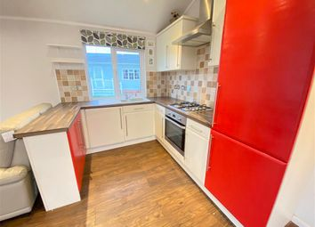2 bed mobile/park home for sale in Maple Mews, Battlesbridge, Wickford, Essex SS11