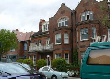 Thumbnail 3 bed flat to rent in Palmeira Avenue, Hove