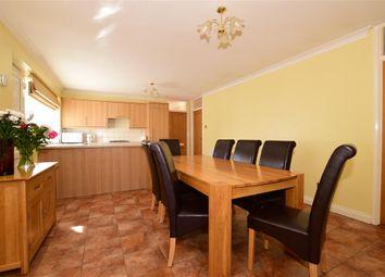 Oak Farm Lane, Fairseat, Sevenoaks, Kent TN15. 3 bed detached bungalow