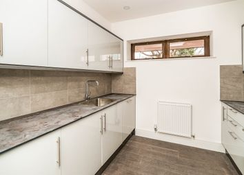 Thumbnail 2 bed flat for sale in Walton Street, Aylesbury