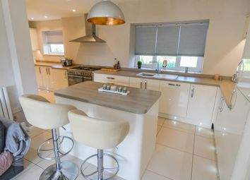 Thumbnail 3 bed detached house for sale in Commonside, Hanging Heaton, Batley