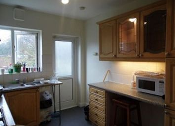 Thumbnail 2 bedroom flat to rent in Buckhurst Way, Buckhurst Hill