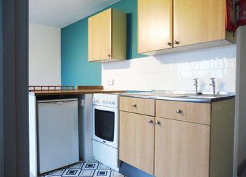 Thumbnail 1 bedroom flat to rent in Kernou Road, Paignton