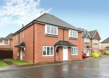 Thumbnail 1 bed flat to rent in Groves Way, Chesham