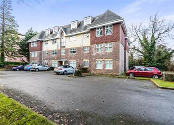 Thumbnail 2 bedroom flat to rent in Horsham Road, Crawley