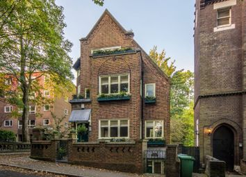Thumbnail 3 bed maisonette for sale in Branch Hill, Hampstead