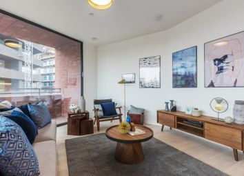 80 Duo Tower, Anthology Hoxton Press, Penn Street, London N1. 2 bed flat for sale