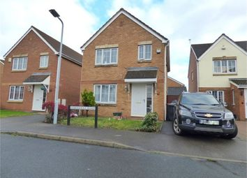 Thumbnail 3 bed detached house to rent in Stornaway Road, Langley, Berkshire