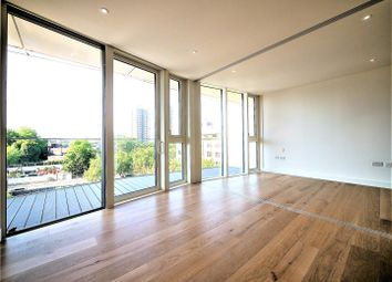 Thumbnail 1 bed flat to rent in Gauging Square, London Dock, Tower Hill/Wapping