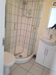 Thumbnail 1 bed flat to rent in Woodstock Ave, Golders Green London