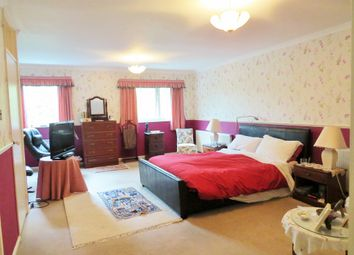 Thumbnail 3 bed property for sale in Kenilworth Court, Coventry