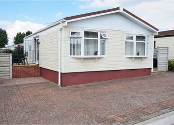 Thumbnail 2 bed mobile/park home for sale in Spinney Close, Warwick