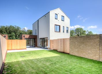 Thumbnail 5 bed detached house for sale in New Pond Street, Newhall, Harlow
