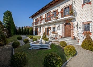 Thumbnail 3 bed villa for sale in Comabbio, Varese, Lombardy, Italy