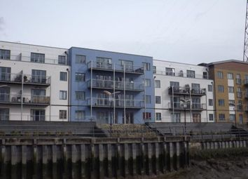 Thumbnail 1 bedroom flat for sale in Quayside Drive, Colchester, Essex