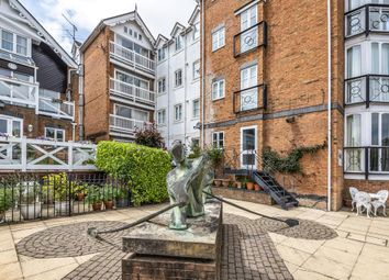 Thumbnail 2 bed flat for sale in Boathouse Reach, Henley On Thames