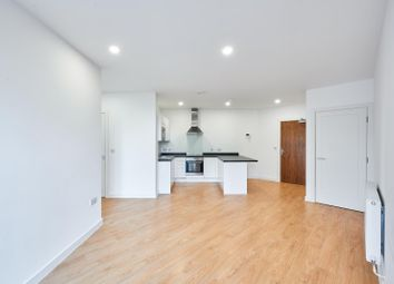 Thumbnail 2 bedroom property to rent in Bedford Park, Croydon