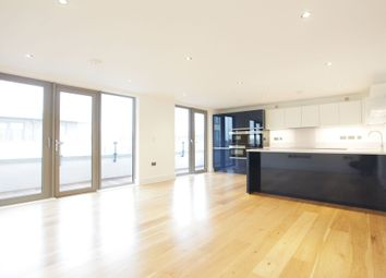Thumbnail 3 bed flat to rent in Rotherhite Street, London